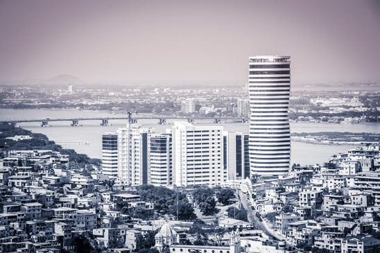 Guayaquil visto desde el aire stockipic